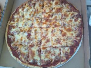 Bass Lake Pub & Ristorante_Sausage Pizza
