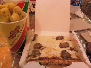 KY - Rocky Rococo Pizza and Pasta