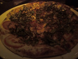 Charleston's Restaurant_Pizza Review