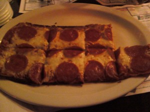 Syd's Bar_PizzaReview