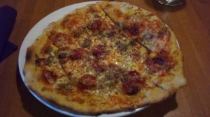 Finch's Brasserie_The Roman Pizza