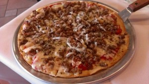 Donatello's Italian Restaurant_Sausage and Garlic Pizza