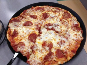 Chuck E. Cheese's_Medium Pepperoni Pizza