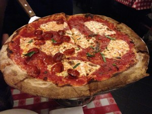 Lombardi's in NYC_Margherita Pizza