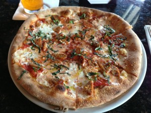 Bella Mia in Raleigh, NC_Sausage and Garlic Pizza