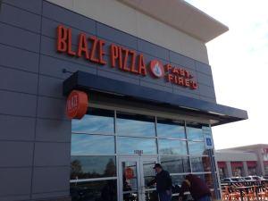 Blaze Pizza in Carmel, IN_Outside
