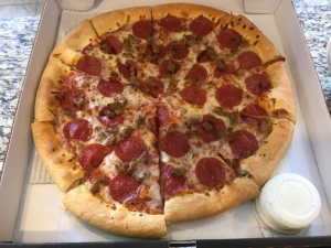 DoubleDave''s Sausage and Pepperoni Pizza